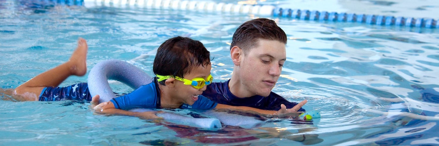 Swimming lessons banner-204