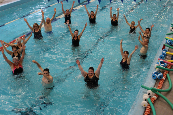 Aqua aerobics - Can pregnant women swim in public pools ...